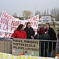 manifestation suppression école Kergomard- 2005