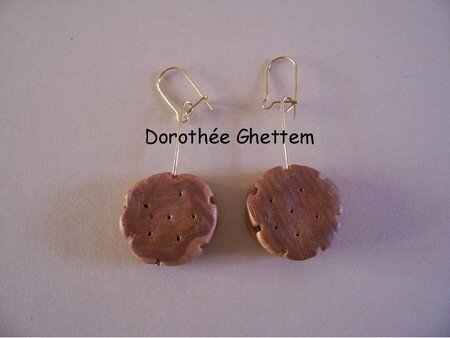 Boucle_d_oreille_biscuit