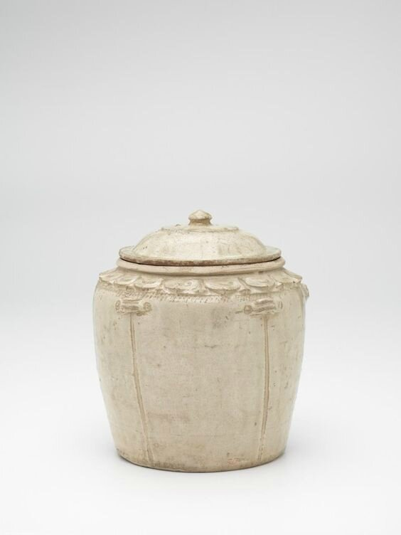 Covered jar, Vietnam, 11th century-13th century, earthenware, glaze, (a-b) 22