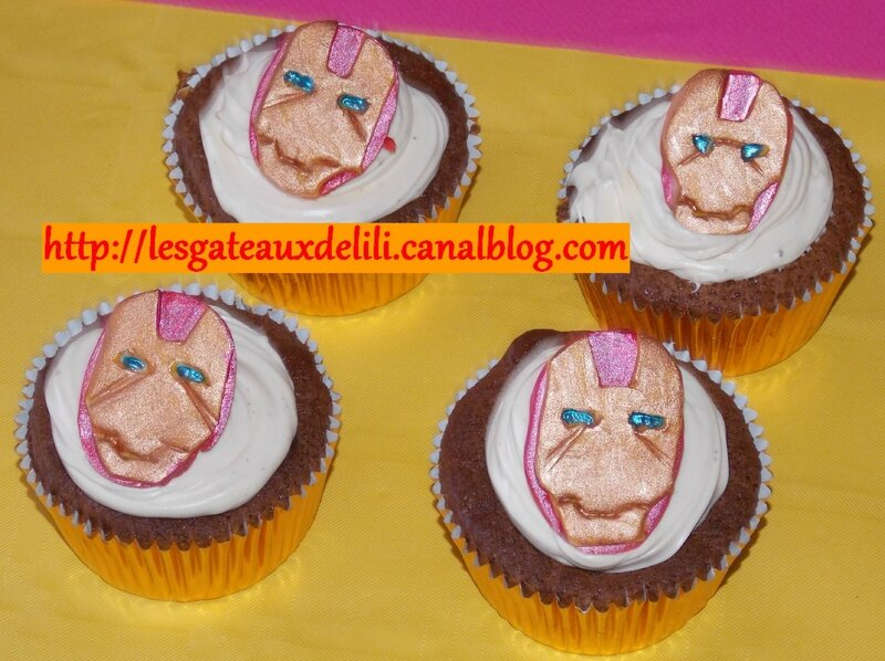 2014 05 04 - Cupcakes Iron Man (5)
