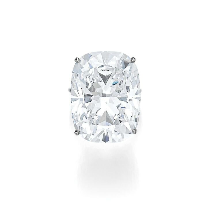 Superb diamond ring