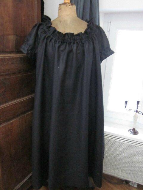 une robe albane en lin noir pour alexandra la f e marraine. Black Bedroom Furniture Sets. Home Design Ideas