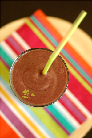 Smoothie fruits rouges-avocat-épinard-boisson coco_2