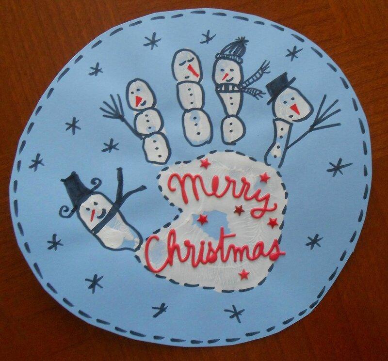 carte-père-noel-fete-bonhomme-de-neige-empreintes-pieds-main-doigts-facile-enfant-bébé-enfants-joyeux-sapin-traineau-guirlande-pain-d'épice (1)