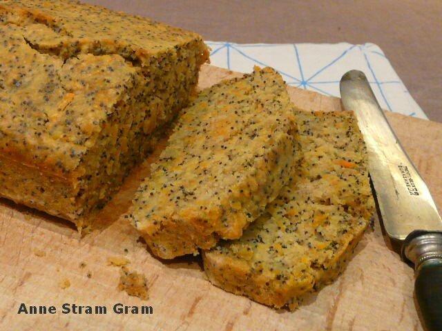 Bread cake carotte citron pavot