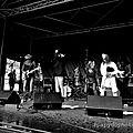 The groupe :dédé et les révolvers mahoué en concert place jean bart a dunkerque