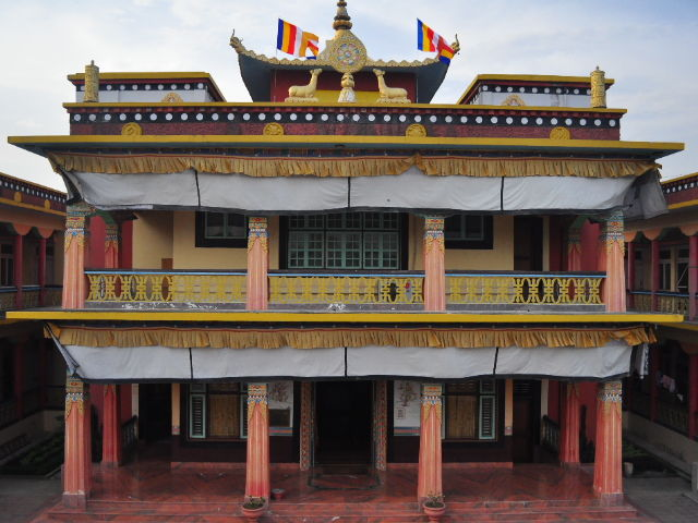 Lumbini, temple tibétain