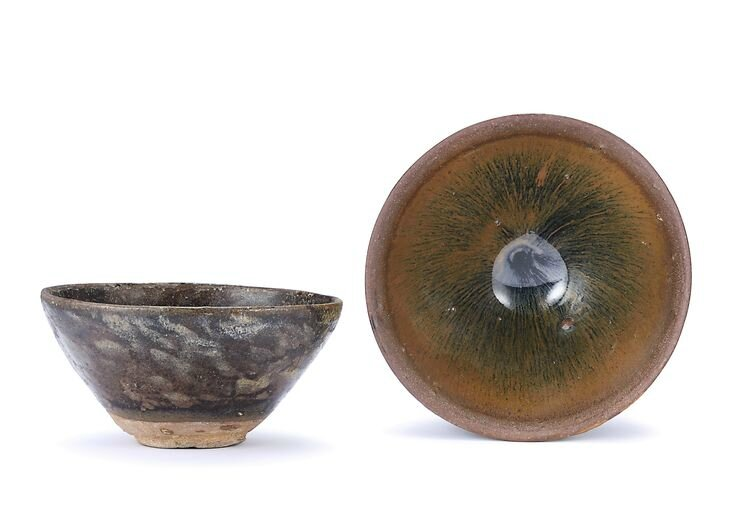 A 'Jian' 'hare's fur' teabowl and a 'Jizhou' bowl, Song to Ming dynasty