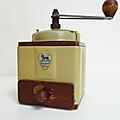 Vintage ... moulin à café peugeot