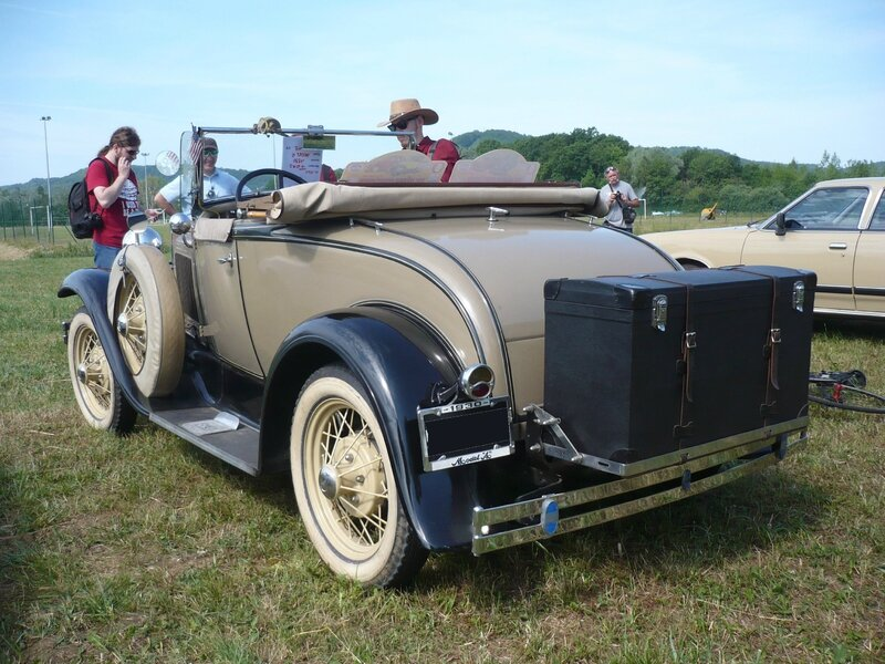 FORD model A Deluxe roadster 1930 Madine (2)