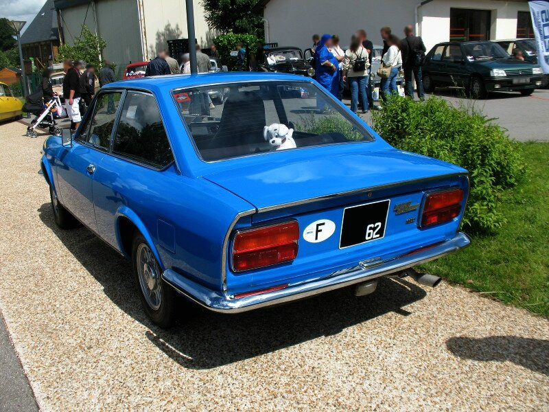 Fiat124Sport1600ar2