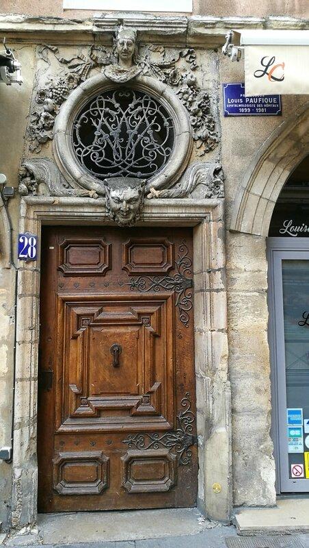 Porte Louise Labé
