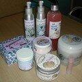 huiles de massage , gel douche, creme parfumée, laits de bainset