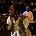 Nash en concert avec le Gbonhi Yoyoyo