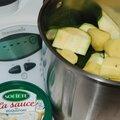 Veloute de courgettes a la sauce au roquefort