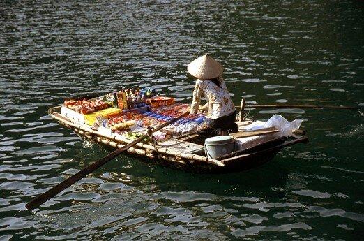 viet_nam_along_vietnamienne_vendeuse