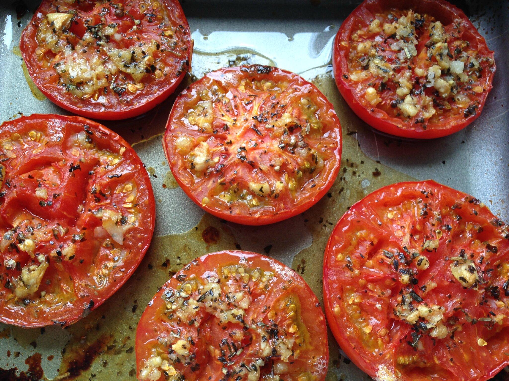 tomates au four marc leri ou les tribulations d 39 une passionn e de chats et de cuisine. Black Bedroom Furniture Sets. Home Design Ideas