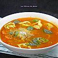 Bouillon aux tortellini à l'italienne