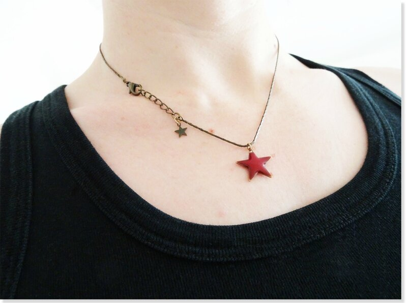 collier_etoile_rouge