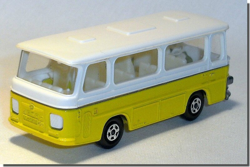 Lesney Matchbox 12 D Bus Setra coach A 2