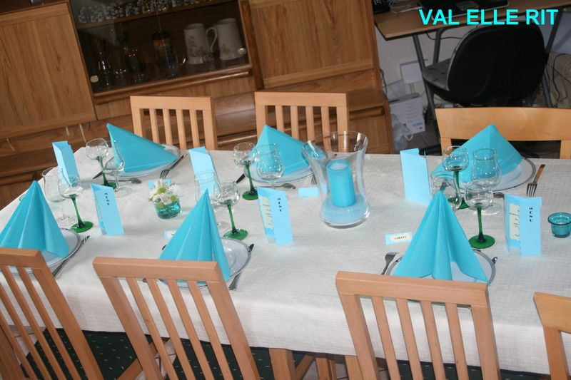 Table de premiere communion val elle rit for Idee deco 1ere communion