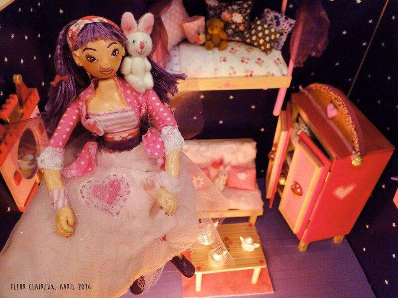 Maquette enchantée Fleur Claireux avec poupée