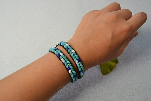 Pandahall Instruction on How to Make Leather Cord Wrap Bracelet with 2-hole Seed Beads (9)