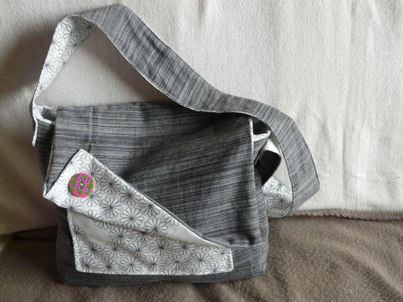 Besace pour les sorties avec b b le blog de mu2ailes - Tuto sac bandouliere avec rabat ...
