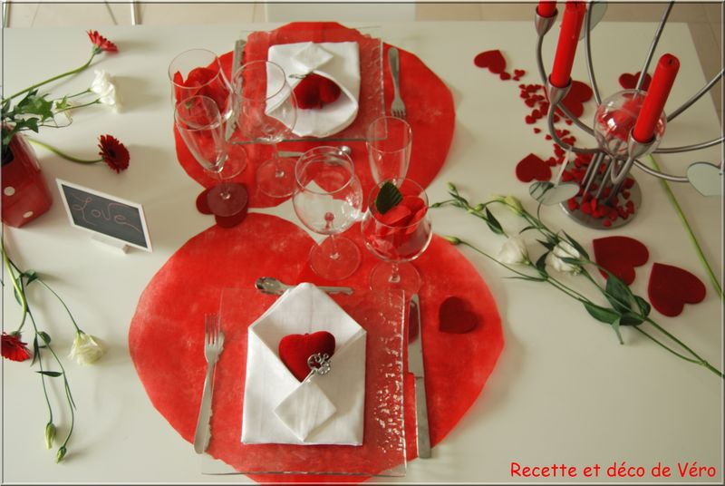 Table de saint valentin recette et d co de v ro for Decoration st valentin