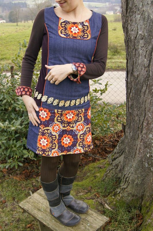 robe à plastron Mu 05