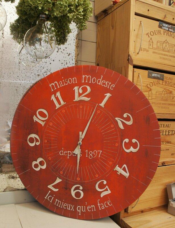 horloge maison modeste