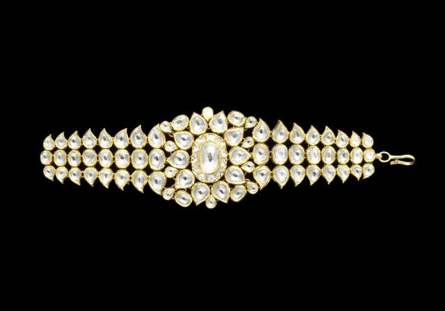 An Indian diamond-set enamelled gold Bracelet