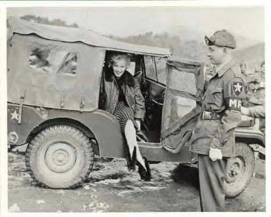 1954-02-18-korea-2nd_division-wool_dress-in_jeep-010-1