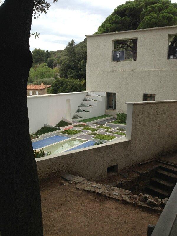 vue du jardin villa noailles