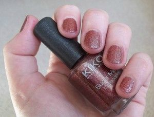 sugar_mat_nail_lacquer_burgundy_2couches