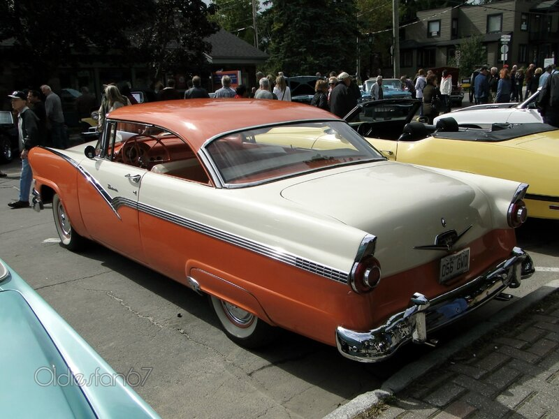 ford-fairlane-victoria-coupe-1956-b