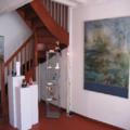 Vues de l'exposition à la galerie mouton bleu