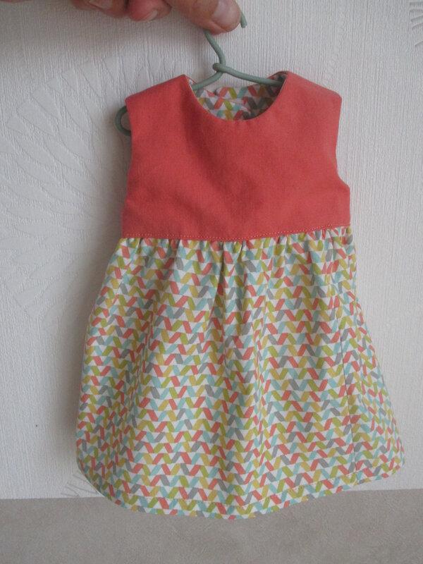 couture robe poupon corolle