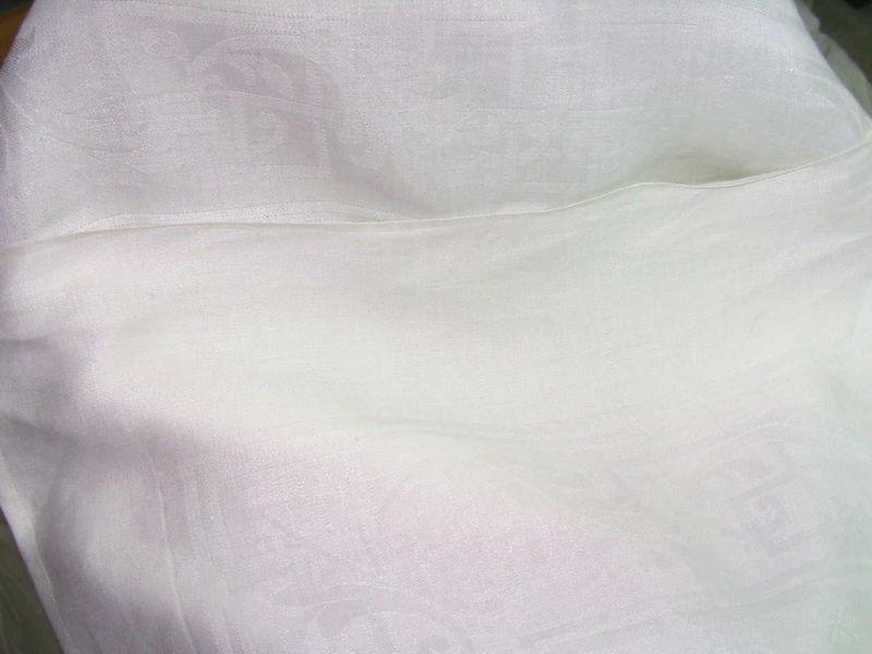 la nappe du service damass que j 39 ai eue le 13 juillet d co l 39 ancienne lins et dentelles. Black Bedroom Furniture Sets. Home Design Ideas