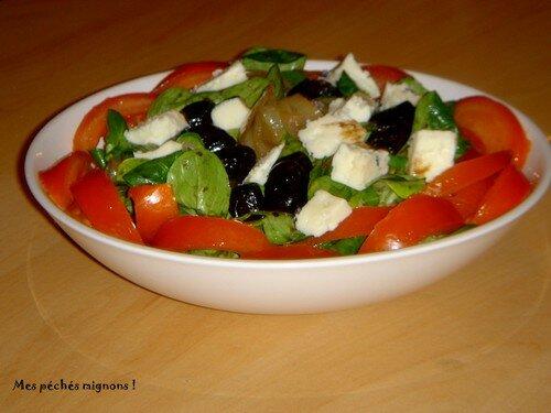 Mâche et Tomme noire en salade