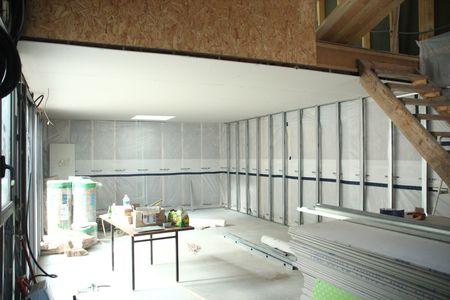 20 juillet 2012 pose des rails et des montants pour le placo la maison de popo et paco. Black Bedroom Furniture Sets. Home Design Ideas