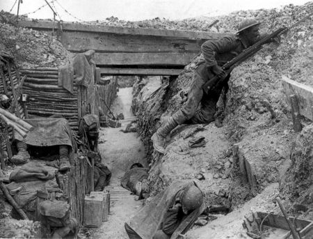 785px_Cheshire_Regiment_trench_Somme_1916