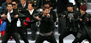 54812-jyj-inauguration-channel-a-announcers