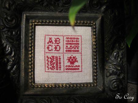 miniatures_d_alphabets_patine_cadre_noir_cire_or_lib_ron_6