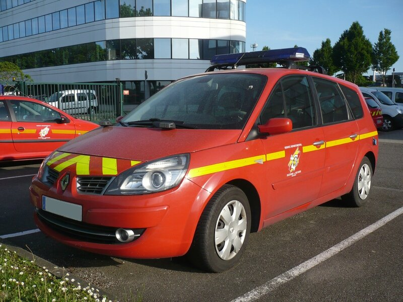 RENAULT Scenic phase II Véhicule Léger Chef De Colonne Pompiers 2009 Wolfisheim (1)