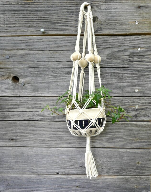 macramé pot