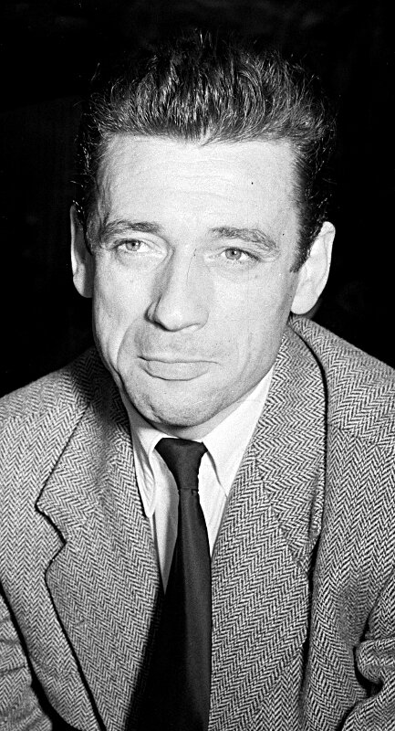 1952-Yves Montand