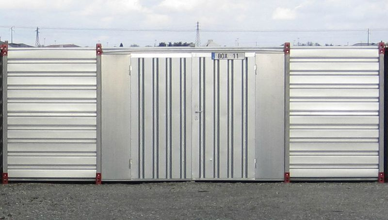 Containers standards avec porte double sur c t for Cote standard porte