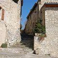 Pont de Barret - Escaliers entre les Maisons
