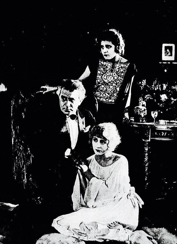Cinéa_Hommes-nouveaux-photo-intérieur-1922